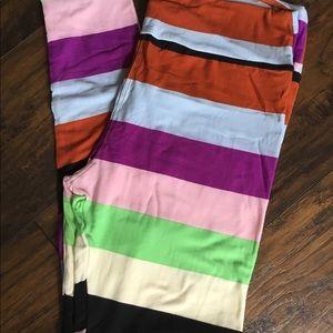 LuLaRoe Pants - Lularoe tc buttery soft Leggings